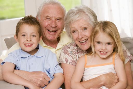 اختلاف نظر والدین با پدربزرگ و مادربزرگ