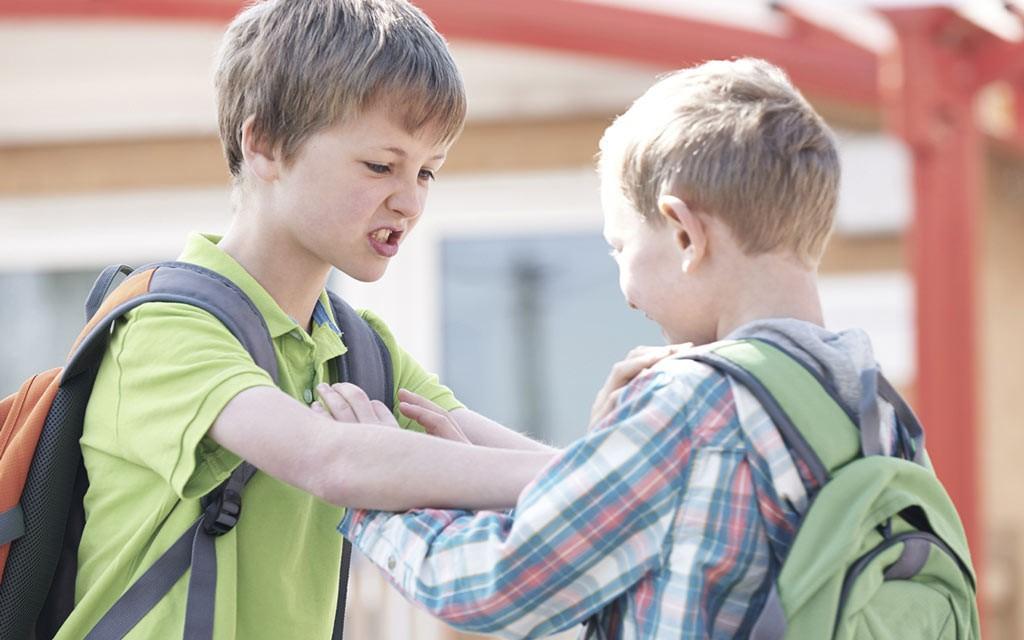 • فرزندتان را اصلا سرزنش نکنید!