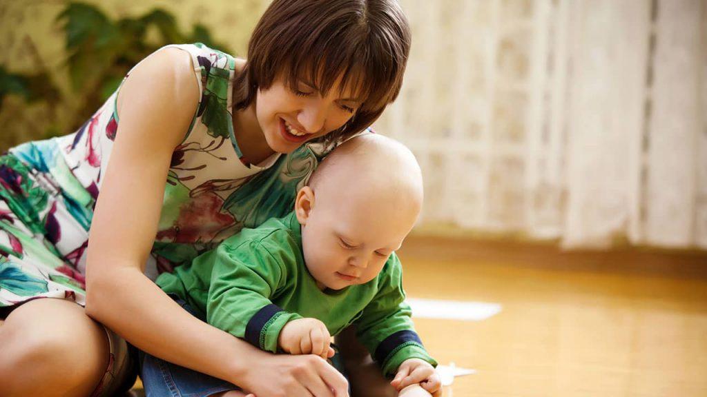 نقش مادر در رشد نوزاد