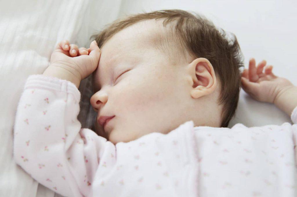 روتین خواب کودک در دوازده ماهگی