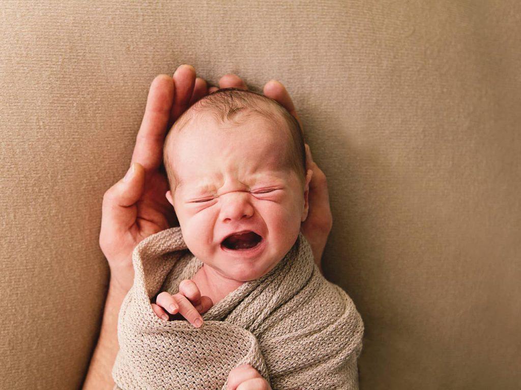 آرام کردن نوزاد در هفته دوم