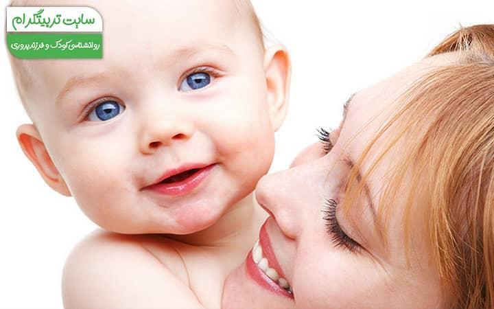 هفته ششم نوزادی اولین خنده نوزاد