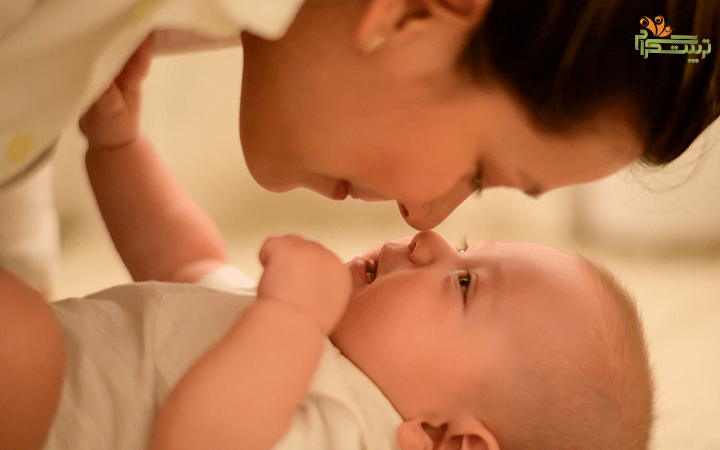 چرا نوزاد رو بخندونیم؟