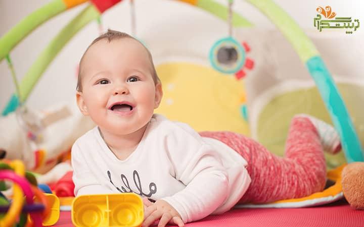 بازی های مناسب برای نوزاد هشت ماهه