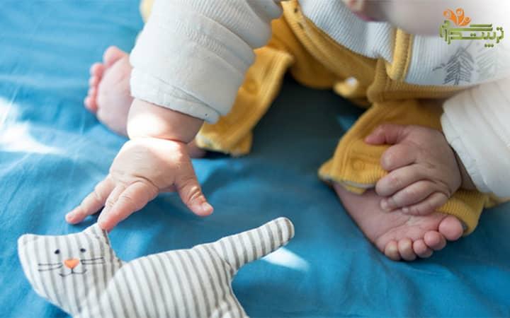 هفته چهارم هفت ماهگی؛ حرکات کودک